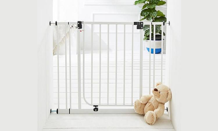 suntrust_child_proofing_home_gate_ok